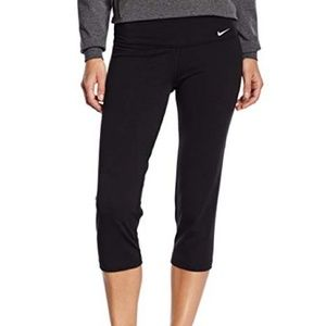 Nike Dri-Fit Crop Leggings Capri Yoga Pants